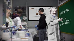Pendelversuch in einer Laborumgebung